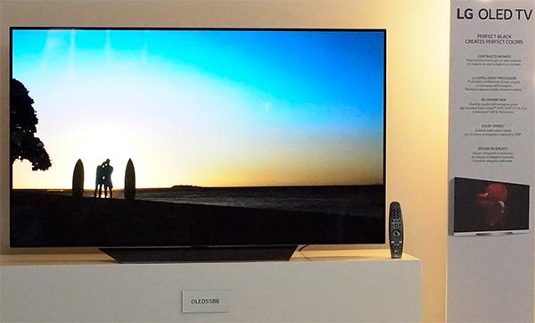 OLED per gli iPhone, arriva un secondo fornitore. Apple ha scelto LG